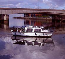 Belfast Docks (5) by SNAPPYDAVE