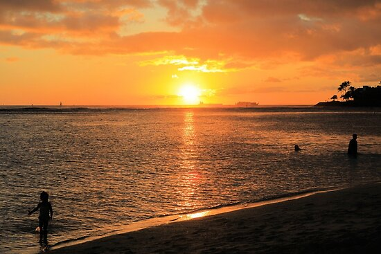 Ala Moana Beach by DJ Florek