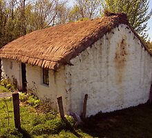 Irish Cottage (2) by SNAPPYDAVE