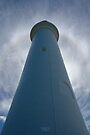 Split Point Lighthouse - Halo 1 by Richard Heath