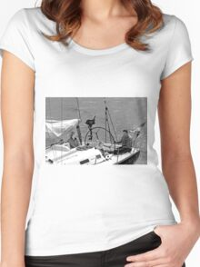 Close-up of Yacht near Lymington Women's Fitted Scoop T-Shirt
