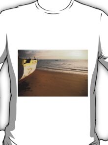 Dhow on the beach T-Shirt