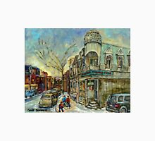 CONNIE'S PIZZA POINTE ST.CHARLES AAND HOCKEY MONTREAL WINTER STREETS Unisex T-Shirt