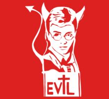 Harry is the devil! T-Shirt