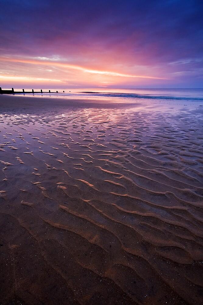 Ripples in the Sand by henroben