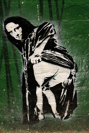 Moona Lisa by Kiwikiwi