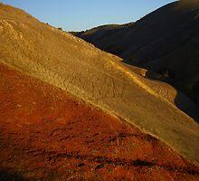 gully shadow by shallay