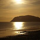 Sunrise over Llandudno by kalaryder