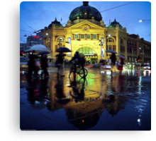 Rush hour in the rain Canvas Print