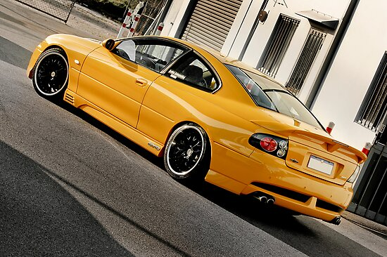 Tough HSV GTO 454ci Coupe by Stanislaw