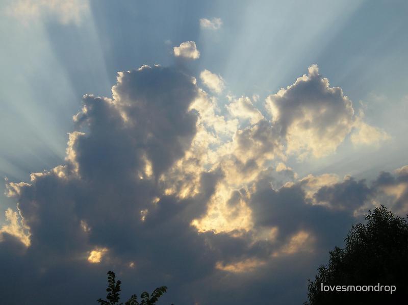 Clouds assending by lovesmoondrop