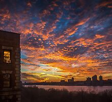 Manhattan Sunset by alan shapiro