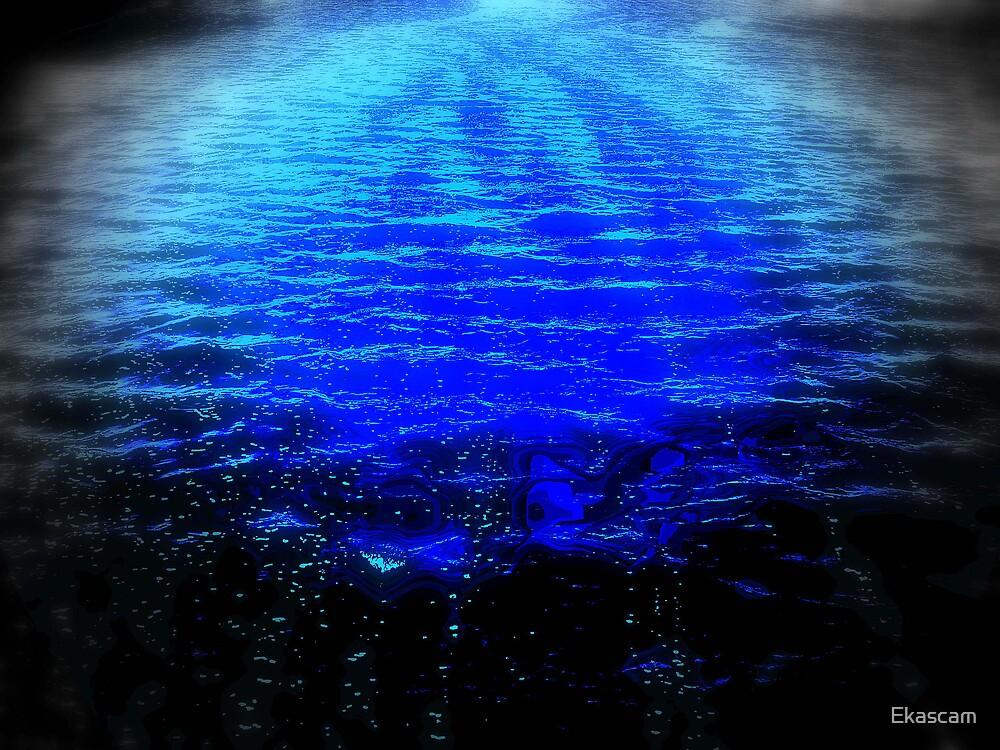 SCAREY WATERS by Ekascam