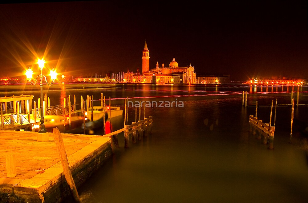 Giudecca by night. by naranzaria