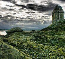 SOLIDOR TOWER & BEACH by Karo / Caroline Evans (Caux-Evans)