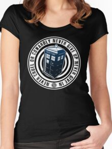 Never Cruel Or Cowardly - Doctor Who - Blue TARDIS Women's Fitted Scoop T-Shirt