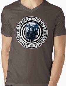 Never Cruel Or Cowardly - Doctor Who - Blue TARDIS Mens V-Neck T-Shirt