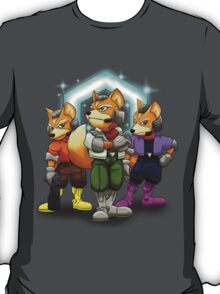 Fox Victory Pose T-Shirt  T-Shirt