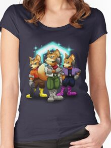 Fox Victory Pose T-Shirt  Women's Fitted Scoop T-Shirt