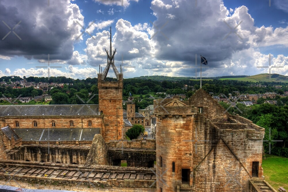 Historic Linlithgow by Tom Gomez