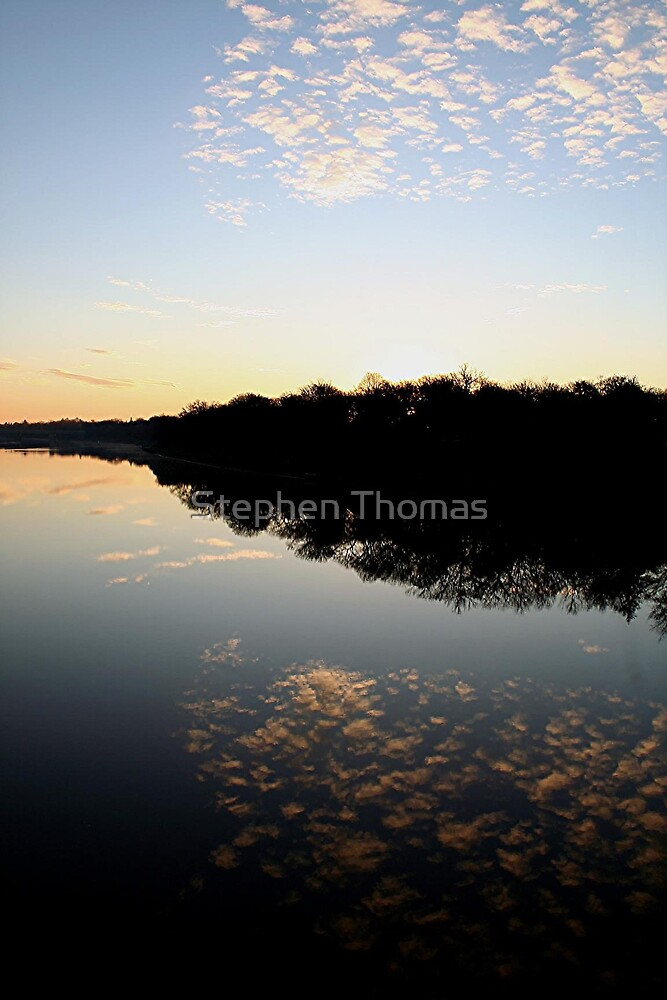Reflection On The Red. by Stephen Thomas