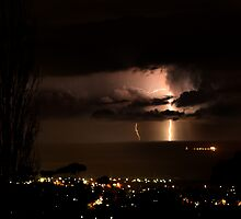 lights off wollongong by steen
