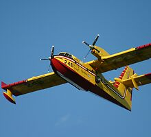 FIRE FIGHTER FROM THE SKY.....BOMBARDIER FC-215 by unbelier