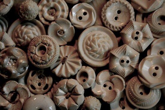Andrea Barnett › Portfolio › Vintage Buttons: www.redbubble.com/people/andshesgone/works/1205337-vintage-buttons