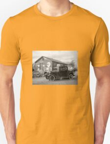 Retro garage Unisex T-Shirt
