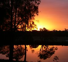Suset reflection on the Dawson!!! by Heabar