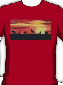 Roos on the horizon T-Shirt