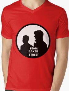 TEAM BAKER STREET Mens V-Neck T-Shirt