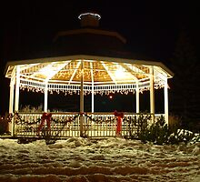 Christmas Gazebo by ldredge