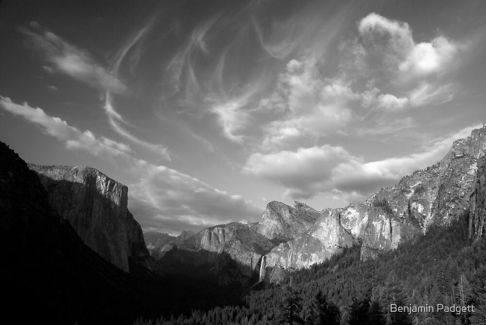 Yosemite Valley Cloudscape (B&W) by Benjamin Padgett
