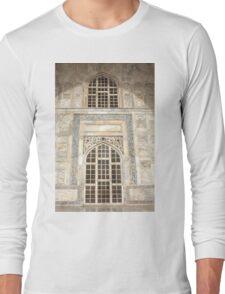 Taj Mahal Facade - Agra - India Long Sleeve T-Shirt