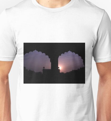 Red Forth Arches - New Delhi - India Unisex T-Shirt