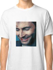 smiling tennant ヾ(。◕ฺ∀◕ฺ)ノ Classic T-Shirt