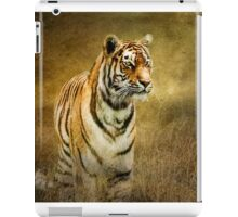 Tiger in the grass iPad Case/Skin