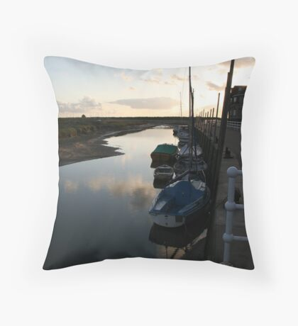 Sunrise at Blakeney Harbour 2 Throw Pillow