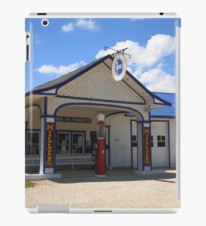 Route 66 - Odell Gas Station iPad Case/Skin