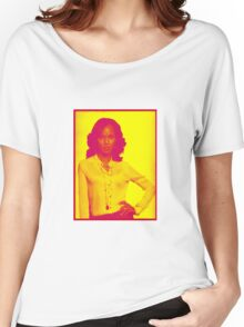 """Scandal - """"If you want me, earn me!"""" - Olivia Pope * Price Reduced ! * Women's Relaxed Fit T-Shirt"""