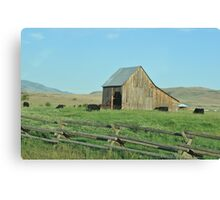 Old Barn in Oregon Canvas Print