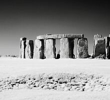 Stone Henge by Mark Jones