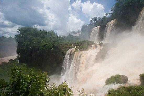 Iguazu, Argentina by bongo