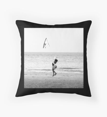 Kite flying Throw Pillow
