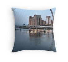 River Tyne with approaching dusk Throw Pillow