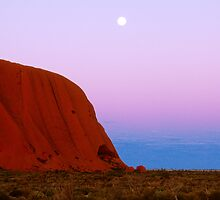 Earth Shadow at Uluru. by Ern Mainka
