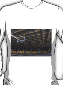 covered court T-Shirt