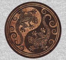 Rough Wood Grain Effect Yin Yang Geckos One Piece - Long Sleeve