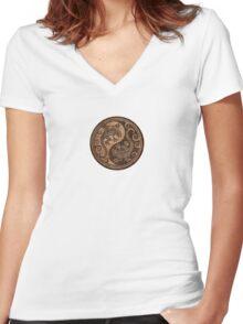 Rough Wood Grain Effect Yin Yang Geckos Women's Fitted V-Neck T-Shirt